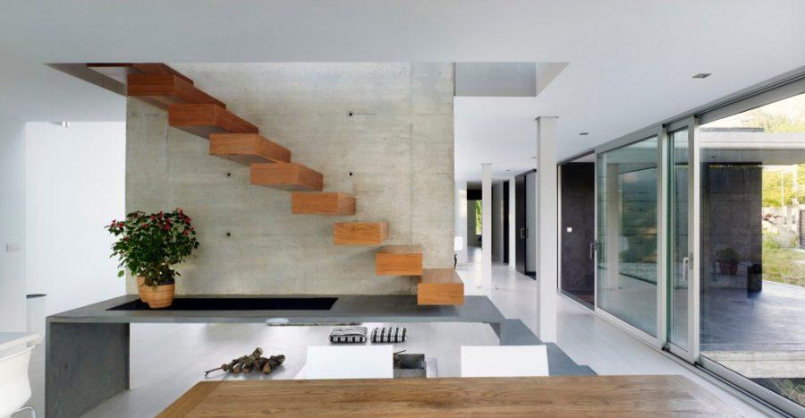desain tangga kayu melayang