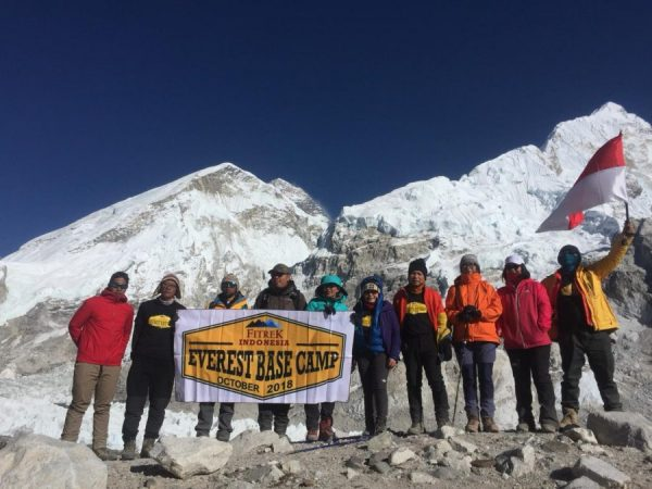 Trekking ke Everest Base Camp - Basecamp Manusia Terakhir - Adventure - Foto 1