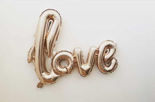 8 Tipe Cinta Dalam Psikologi - 3 - Cinta Mania-min