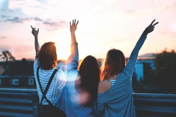 8 Tipe Cinta Dalam Psikologi - 5 - Cinta Philia-min
