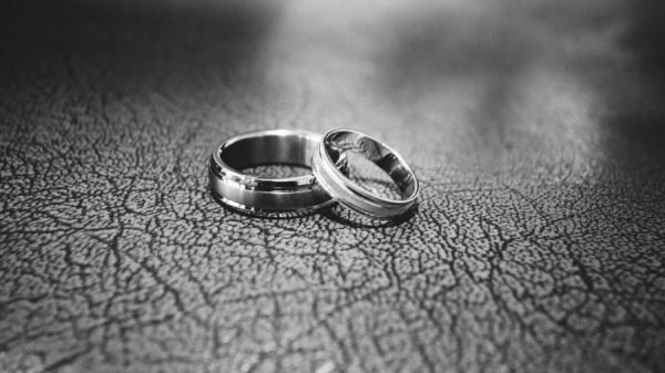 cincin tunangan - engagement ring