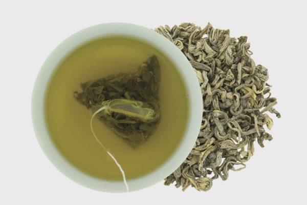 cara mengatasi kulit kering dan mengelupas dengan daun teh hijau