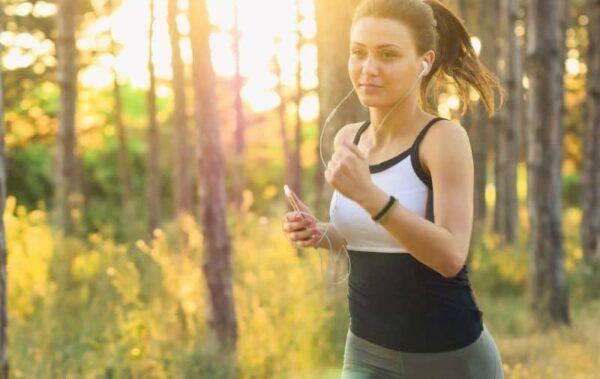 jalan pagi dapat memperlancar peredaran darah ke otak