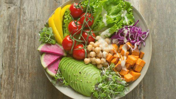 Makan makanan kaya antioksidan