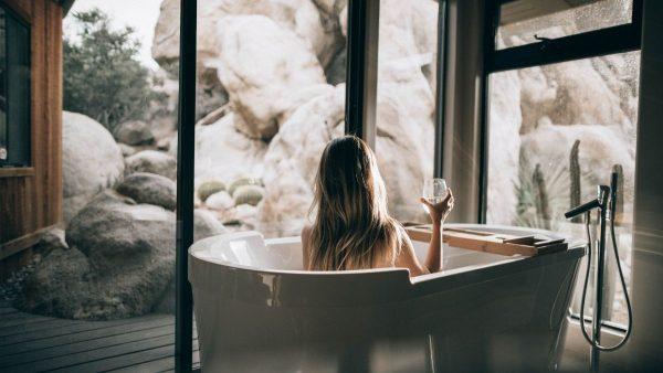 tips bekerja dari rumah - mandi sebelum beraktivitas