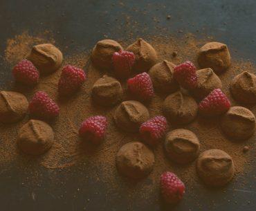 Membuat Cokelat Truffle Mudah di Rumah